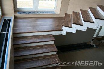 Лестницы из благородных пород дерева